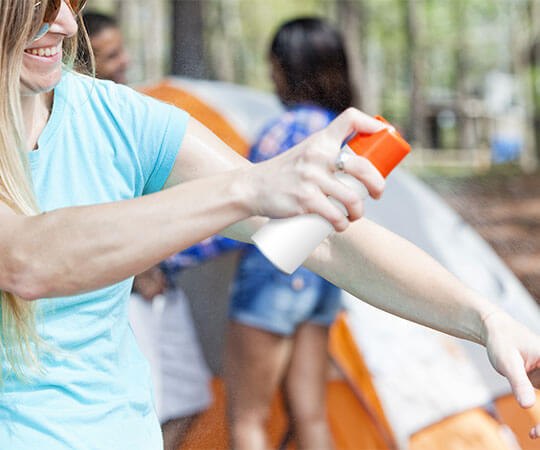 how to correctly apply insect repellent